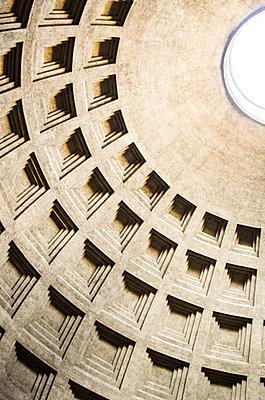 Rotunda, structure, Pantheon - p1656m2270164 by Javier Martinez Bravo