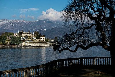 Lago Maggiore Isola Bella - p1691m2288624 by Roberto Berdini Bokeh
