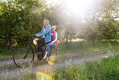 Best Ager - p608m1441071 von Jens Nieth