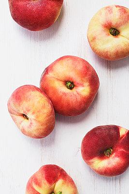 Peaches - p1006m1051195 by Danel