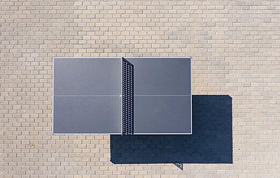 Aerial view of a table for table tennis - p1596m2179055 by Nikola Spasov