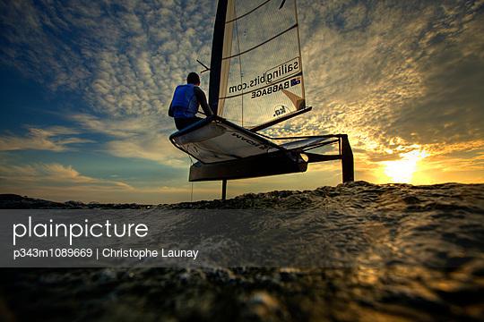 p343m1089669 von Christophe Launay