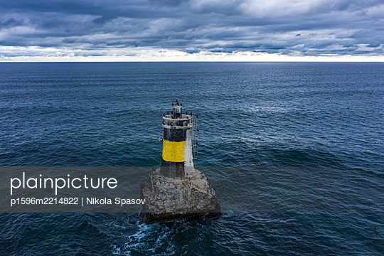 Leuchtturm im Schwarzen Meer - p1596m2214822 von Nikola Spasov