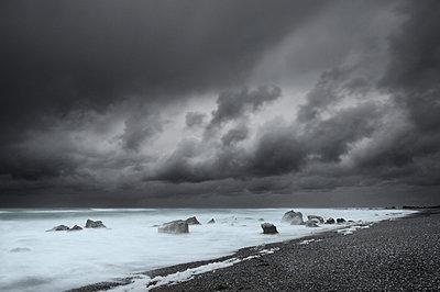 Storm - p1137m925688 by Yann Grancher