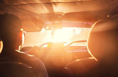 In einem kubanischen Taxi - p1515m2053431 von Daniel K.B. Schmidt