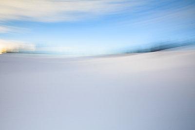 Snow land - p1659m2253873 by Somni Bergur