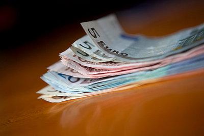 Saving money - p5030266 by Fabrice Arfaras