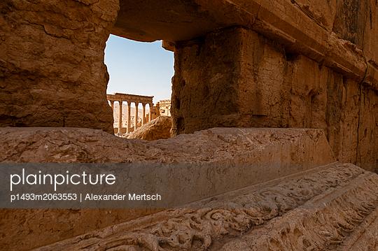 Ruinen der Oasenstadt und UNESCO-Weltkulturerbe Palmyra/Tadmor nahe Damaskus, Syrien - p1493m2063553 von Alexander Mertsch