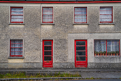 Ireland, Craughwell, House facade - p1082m2283391 by Daniel Allan
