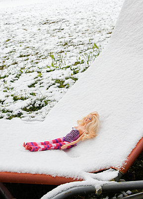 Barbie in the snow - p1190m2173330 by Sarah Eick