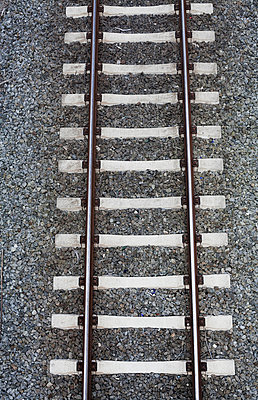 Rail - p1043m938970 by Ralf Grossek