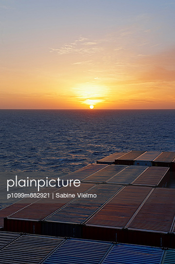 Conatainer ship at sunset I - p1099m882921 by Sabine Vielmo