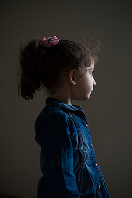 Little girl  - p794m2031108 by Mohamad Itani