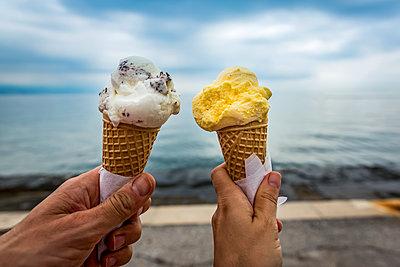 Couple with ice cream cones; Opatija, Primorje-Gorski Kotar County, Croatia - p442m2111665 by Dosfotos
