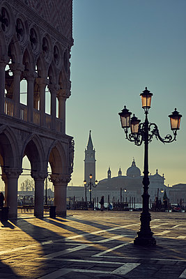 San Marco Square at dawn - p1312m1575200 by Axel Killian