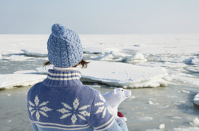 Woman and ice bear - p4640935 by Elektrons 08