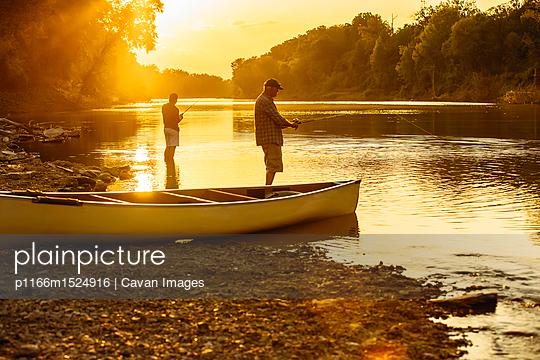 p1166m1524916 von Cavan Images