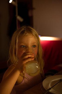 Big thirst - p454m2124966 by Lubitz + Dorner