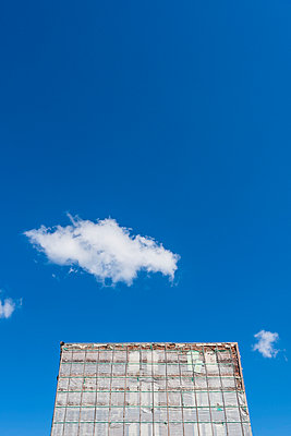 New building against blue sky - p488m1048450 by Bias