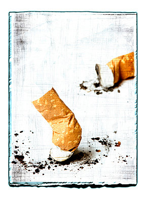 Cigarette end - p4510668 by Anja Weber-Decker