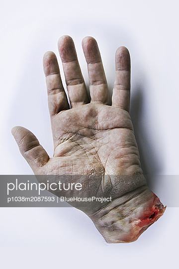 Cut off hand - p1038m2087593 by BlueHouseProject