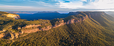 Panorama of Jamison Valley in Blue Mountains National Park - p1427m2000050 by WalkerPod Images