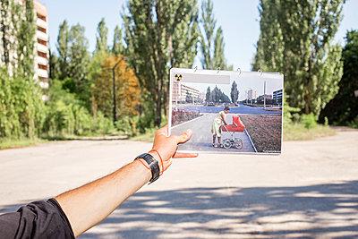 Touristentour in Tschernobyl - p1319m2031074 von Christian A. Werner