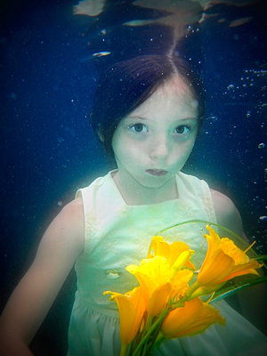 Underwater - p1019m739856 by Stephen Carroll