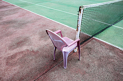 Chairs By Court - p1082m1461555 by Daniel Allan