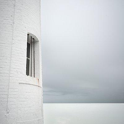 Leuchtturm - p1137m940678 von Yann Grancher