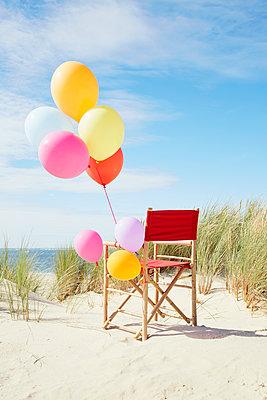 bunte Luftballons - p464m1123934 von Elektrons 08