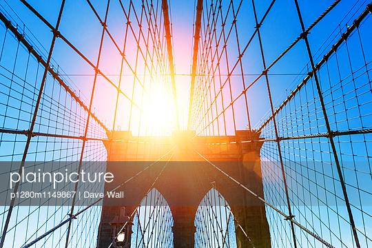 Brooklyn Bridge - p1280m1149867 von Dave Wall
