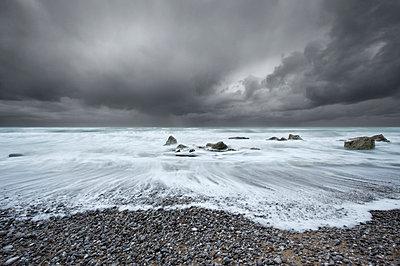 Storm - p1137m925689 by Yann Grancher