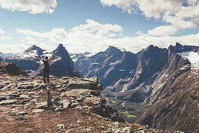 Norway - p1556m2132191 by Alma Vestlund
