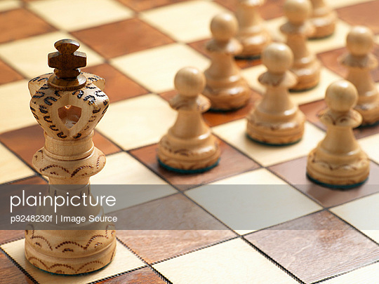 King and pawn chess pieces - p9248230f by Image Source