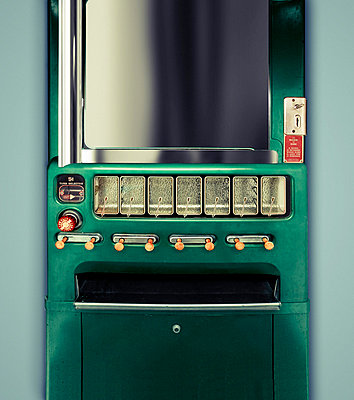 Automat - p3940109 by Stephen Webster