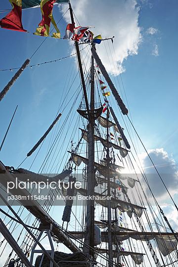 Segelschulschiff Cuauhtemoc - p338m1154841 von Marion Beckhäuser