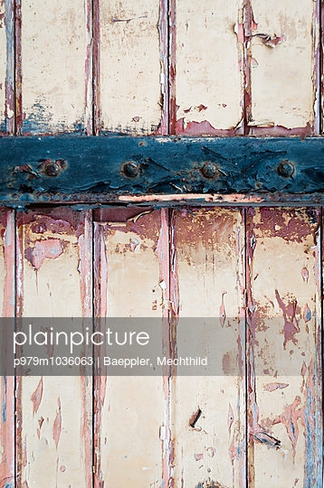 Abblätterne Farbe  - p979m1036063 von Baeppler, Mechthild
