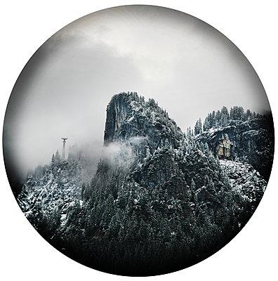 Tegel mountain - p1038m2087603 by BlueHouseProject