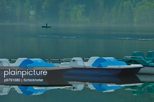 Erlauf See am Abend im Nebel - p9791680 von Schickhofer