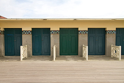 Deauville - p969m915910 by Alix Marie
