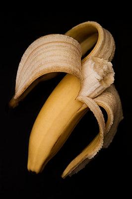 Peeled banana - p971m947626 by Reilika Landen