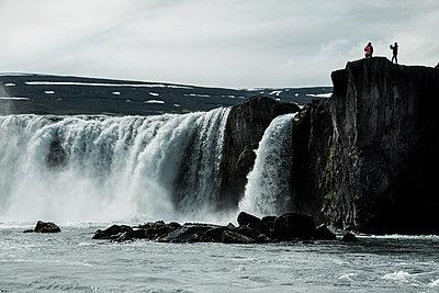 Island im Sommer - p741m2108961 von Christof Mattes