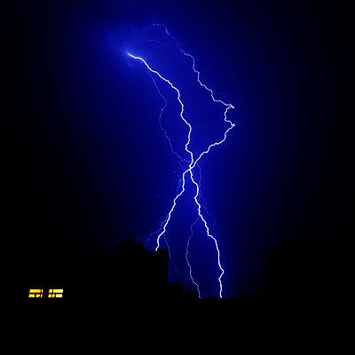 Blitz und Donner - p415m2141393 von Tanja Luther