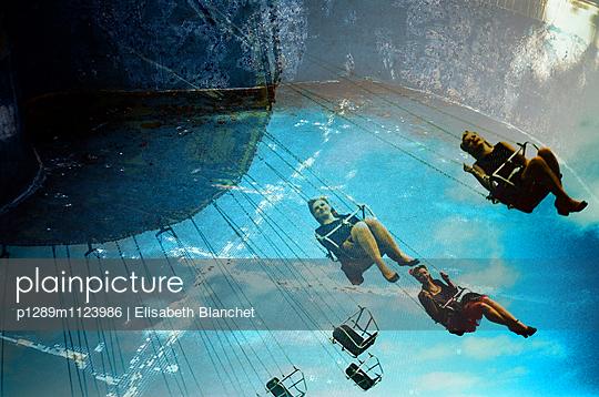 Schweben im Himmel - p1289m1123986 von Elisabeth Blanchet
