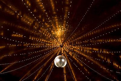 Dancing - p1021m1071485 by MORA