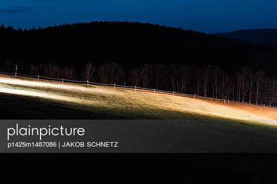 Flutlicht - p1425m1487086 von JAKOB SCHNETZ
