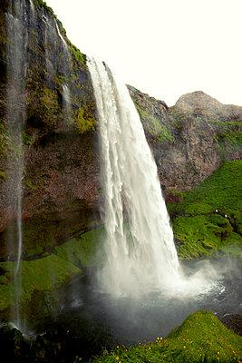 Wasserfall - p382m1068348 von Anna Matzen