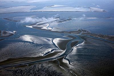 Aerial view - p1016m742035 by Jochen Knobloch