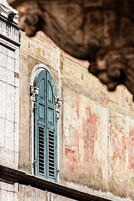 Historische Fassade - p488m1200581 von Bias